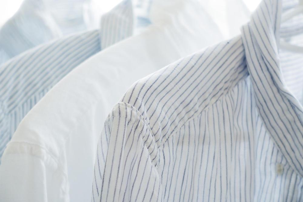 Как избавиться от желтых пятен подмышками на одежде